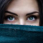 目が合うのは両想い!?憧れの恋を上手に進める「引き寄せの法則」