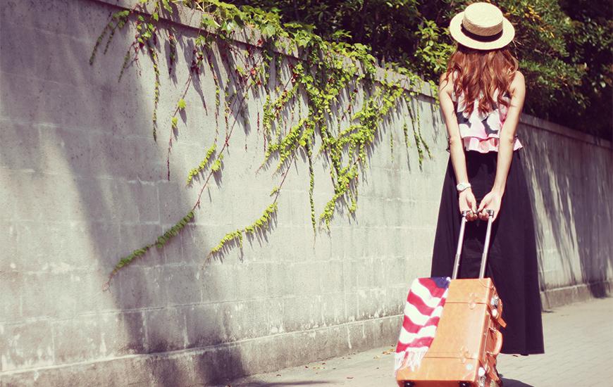 夏の旅行の荷物を減らす方法