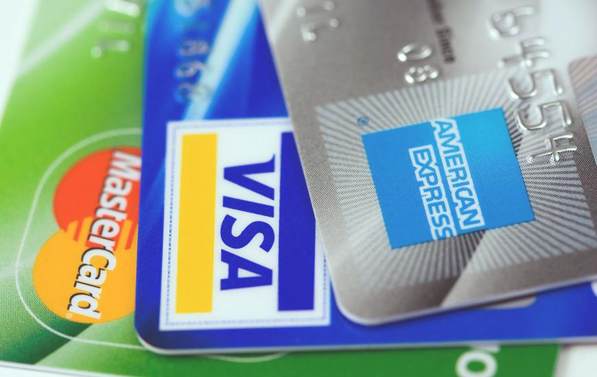クレジットカードのリボ払いの危険性と、賢い支払い方法